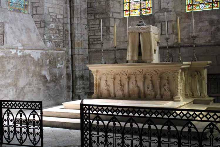 Eglise interieur 44